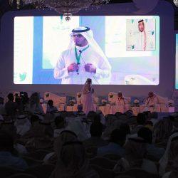 «مغردون سعوديون» يطالبون بتفعيل «شبكات التواصل»