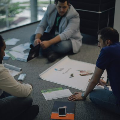 7 Saudi Young Men Came up with Solutions for Future of Saudi Airports