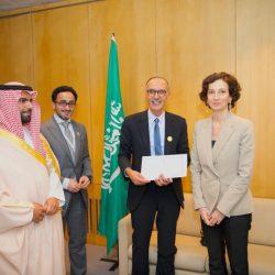 """""""اليونسكو"""" تكرم الأمير الشاعر بدر بن عبدالمحسن في باريس"""